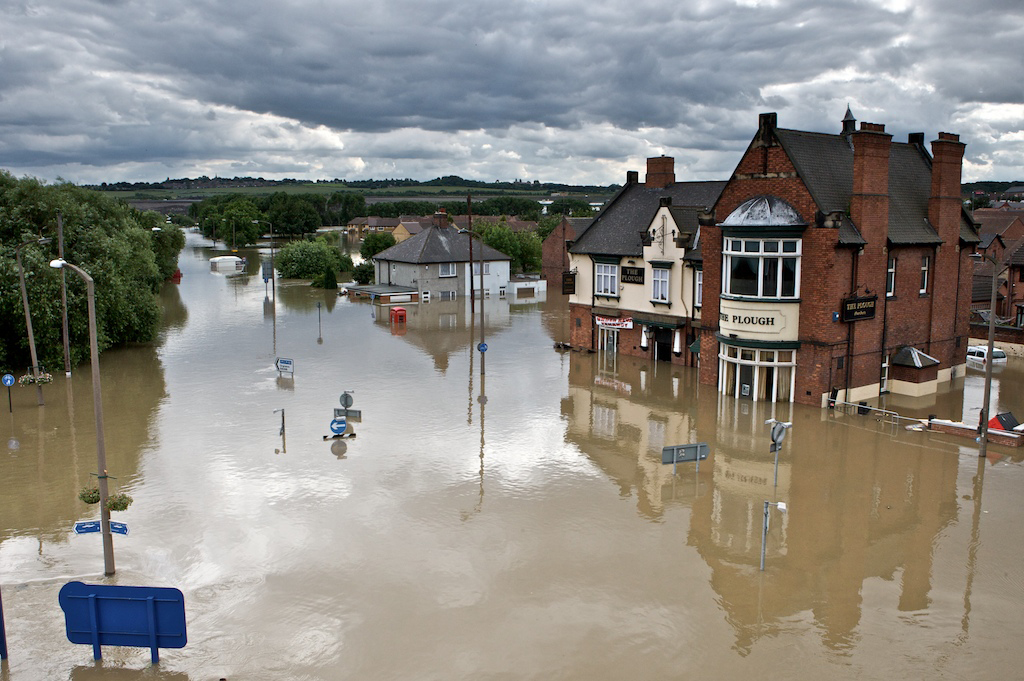 Mark_Lomas_-_Catcliffe_Floods_1